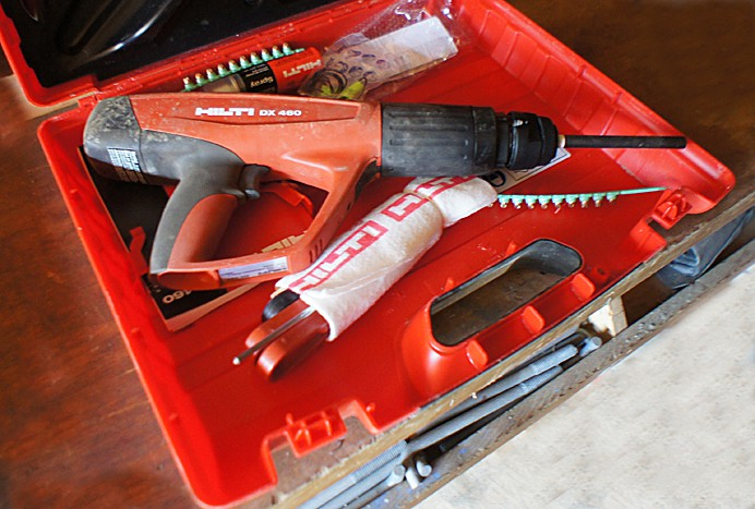 Hilti DX- 460 power actuated fastening gun