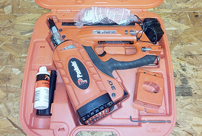 Paslode 30. gas powered framing nailer