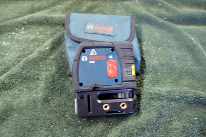 Bosch GPL3 self leveling Laser Level