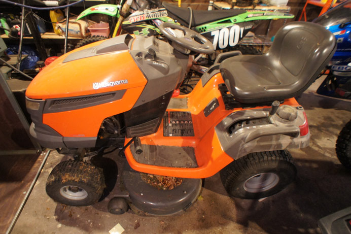 Husqvarna 42 inch cut riding mower
